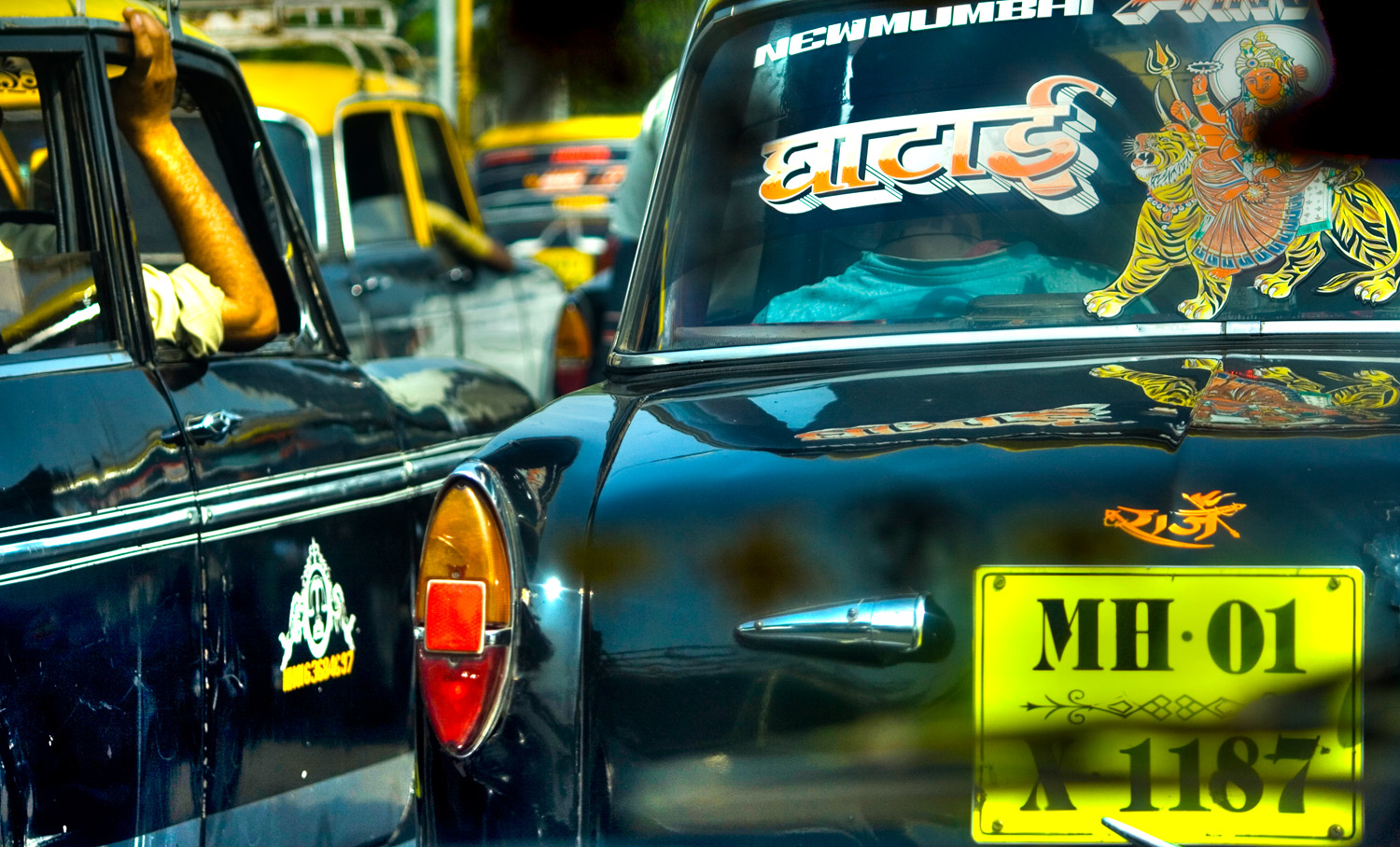 Mumbai taxis (Andy Webb)